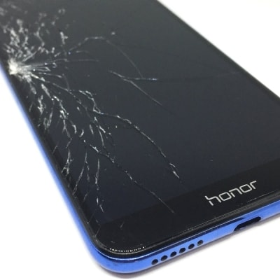 Разбитый дисплей Honor 7A Pro